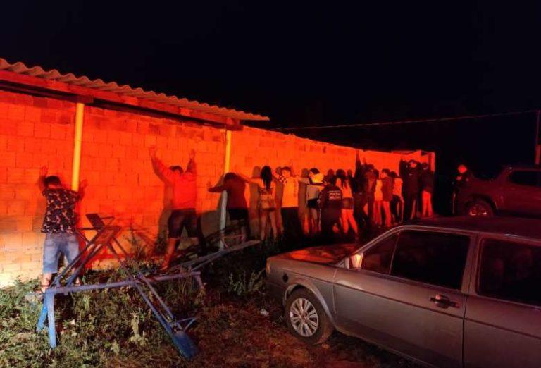 Polícia fecha festa clandestina em cidade do interior de MS