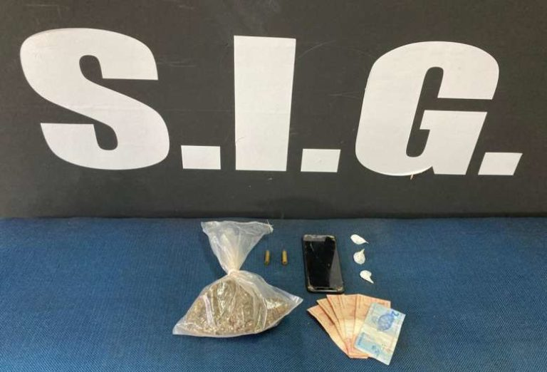 Armas, munições e drogas são apreendidas em ação para combate ao tráfico de drogas
