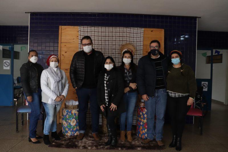 Prefeito Alan Guedes visita o Centro de Atendimento à Mulher