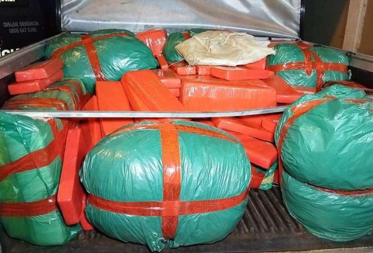 Droga apreendida em entreposto da fronteira pesou mais de 350 kg